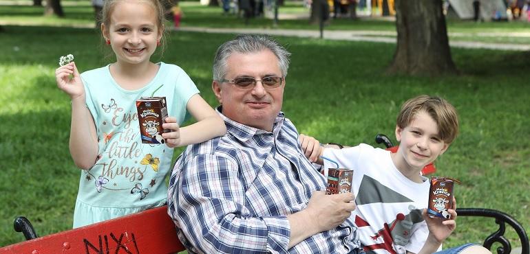 """Ивце Пивце и децата од емисијата """"Горе-долу"""" во потрага по вистинските деца"""